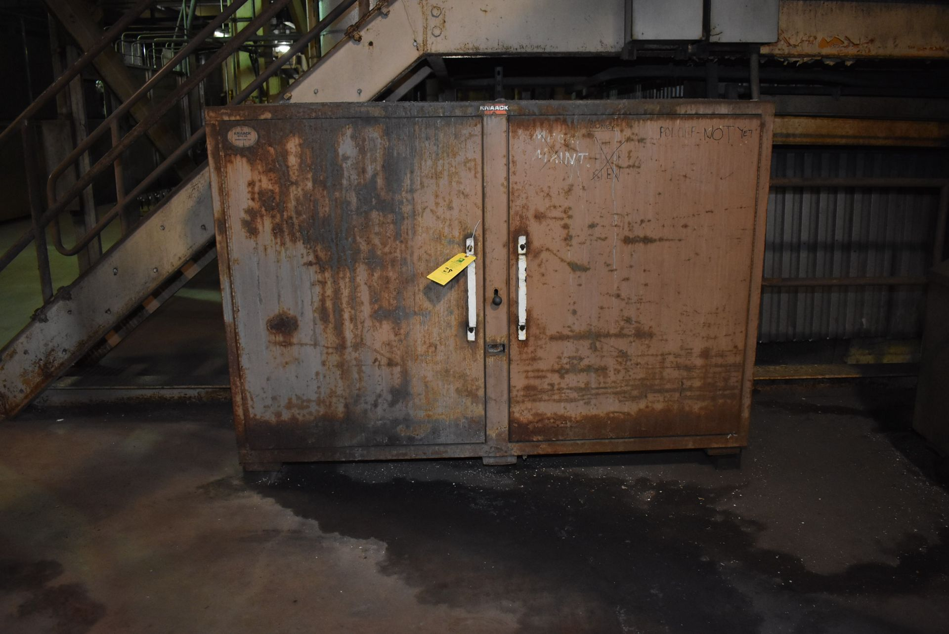 Lot 28 - Knaack Jobmaster 129 Job Box