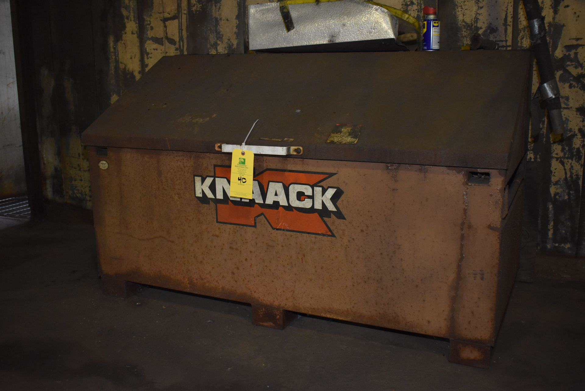 Lot 40 - Knaack Storagemaster 68/Slant Top Box
