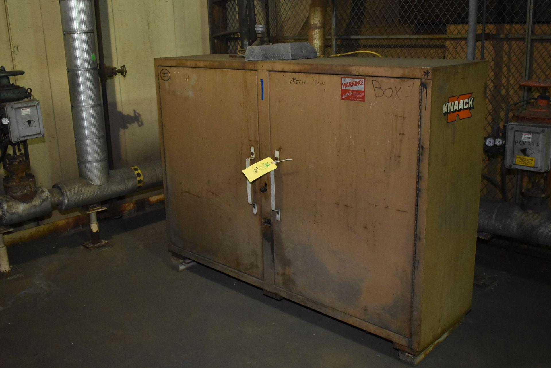 Lot 26 - Knaack Jobmaster 129 Job Box