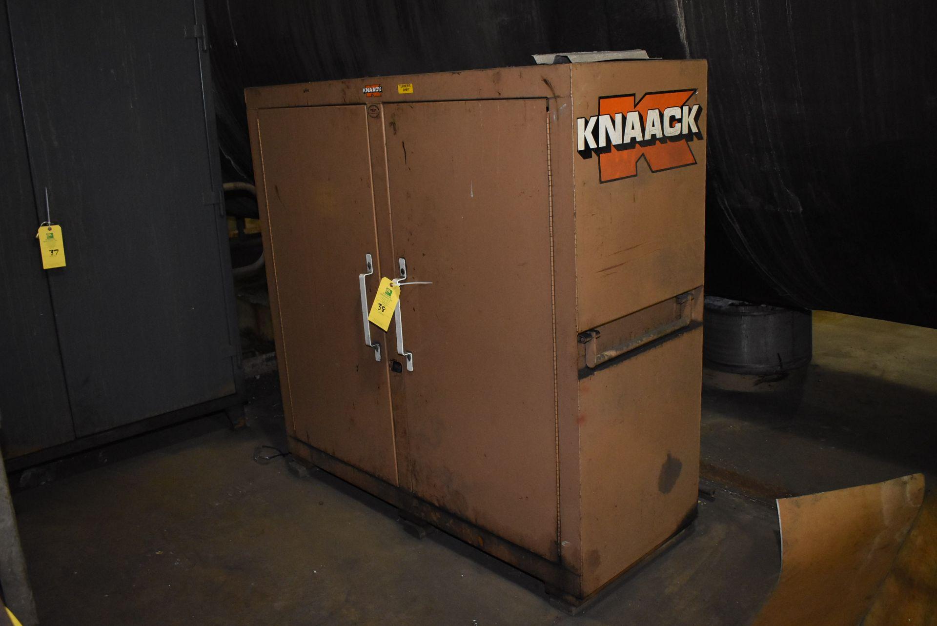 Lot 38 - Knaack Jobmaster 109 Job Box