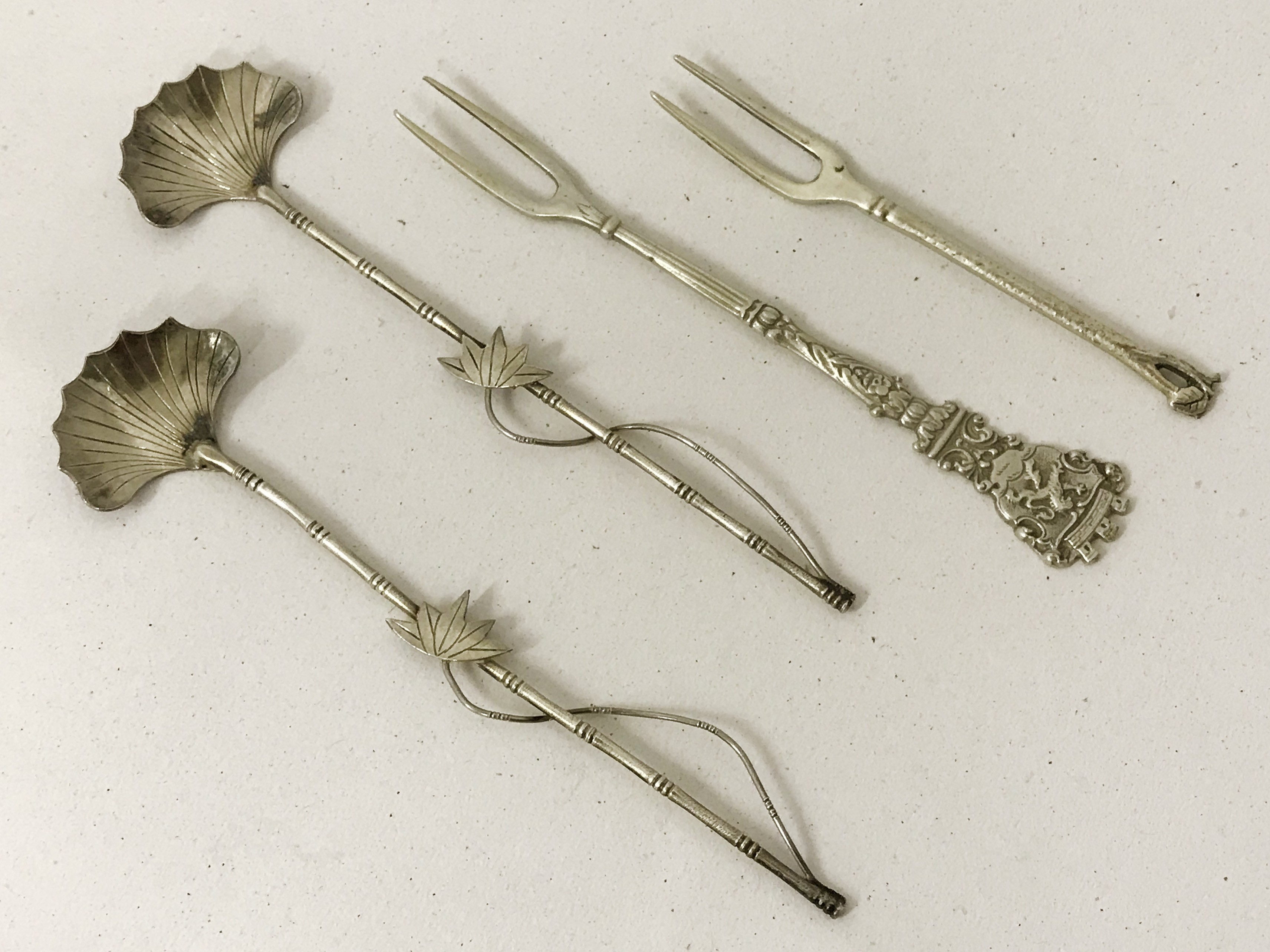 Lot 19A - SELECTION OF SILVER CUTLERY (THIRTY-FOUR ITEMS)
