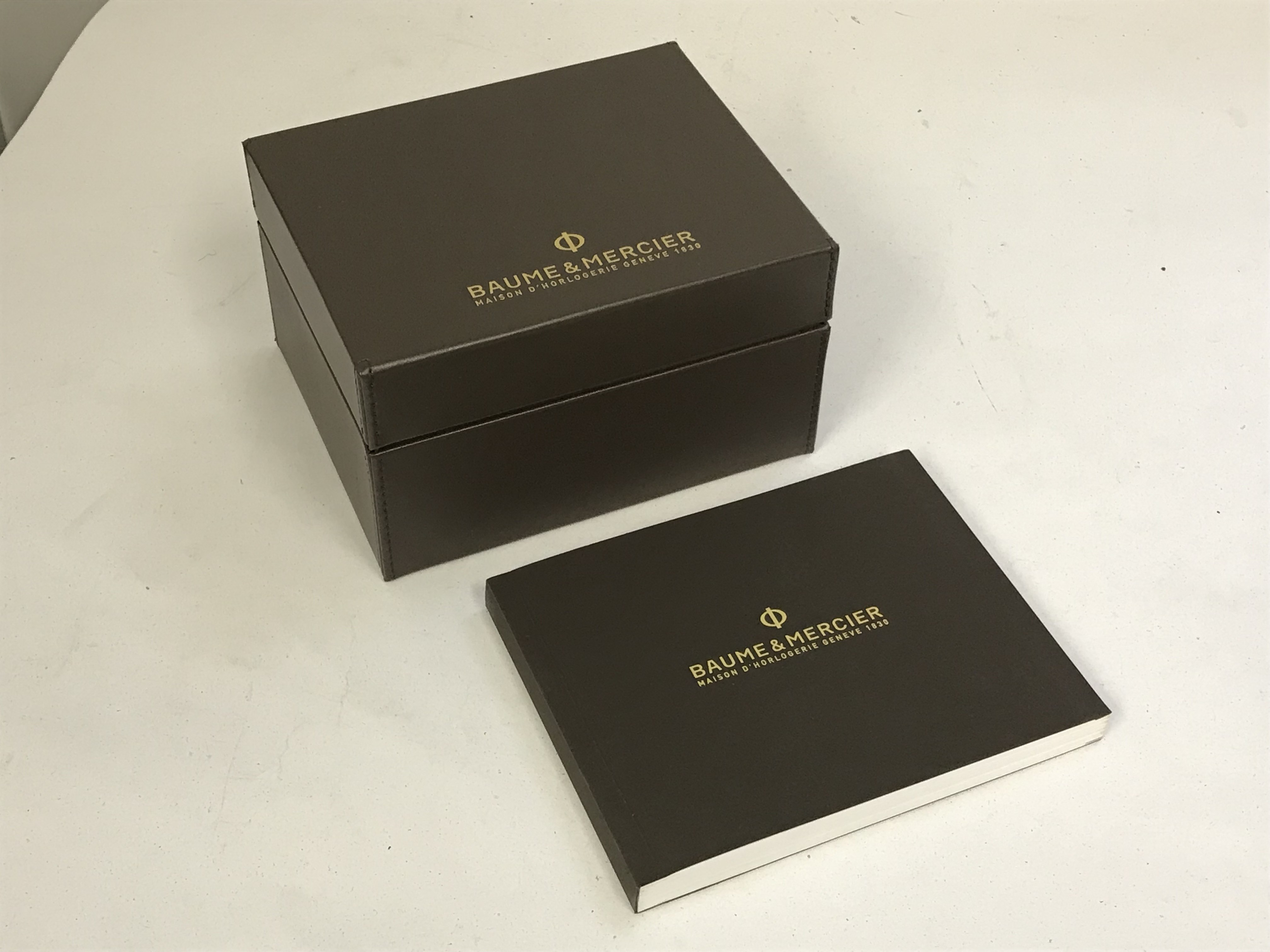 Lot 7 - BAUME & MERCIER BOXED AUTOMATIC GENTS WRISTWATCH WITH BOOKLET & MANUAL