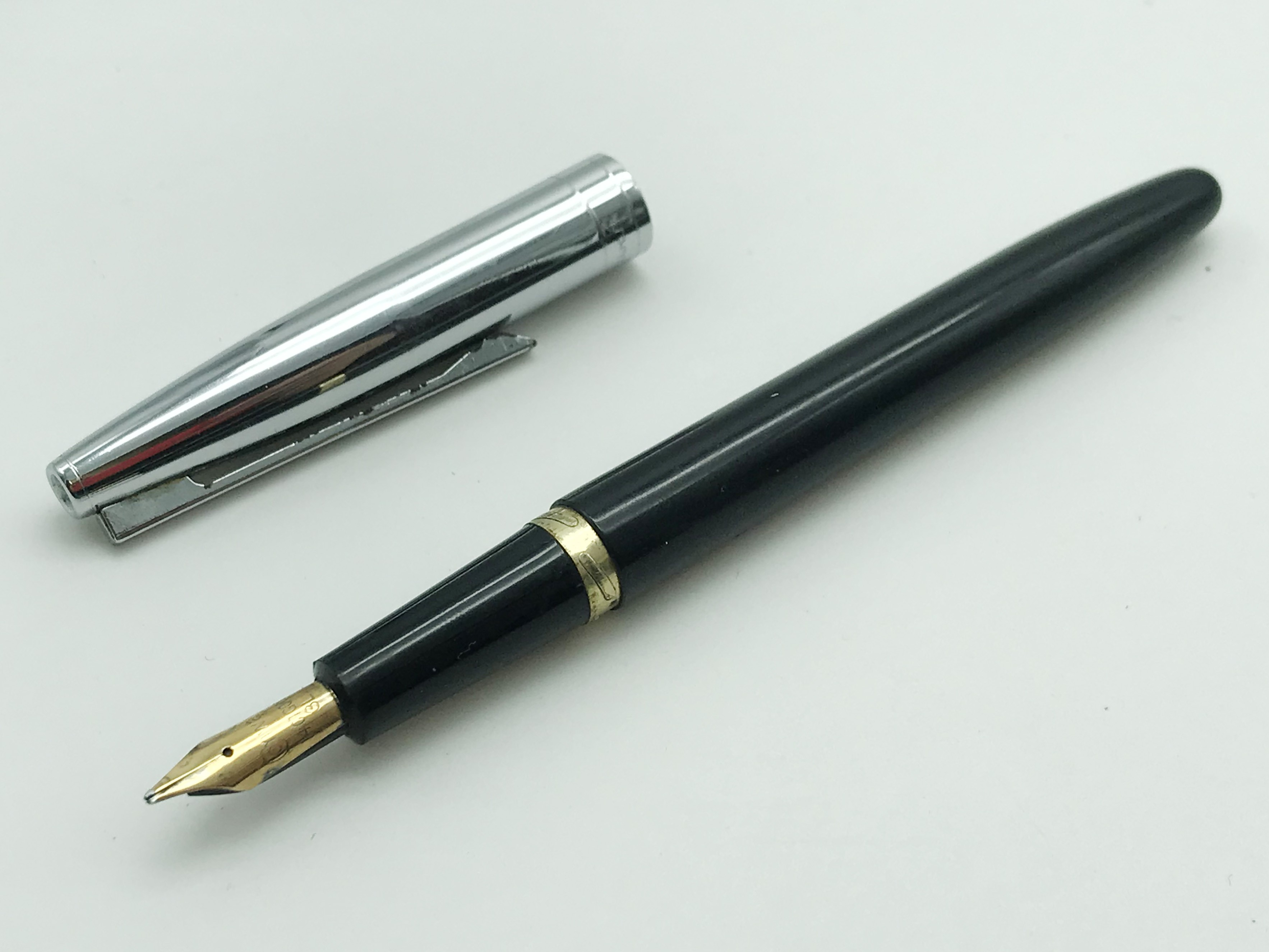 Lot 36 - SELECTION OF OLD PENS WITH GOLD NIBS