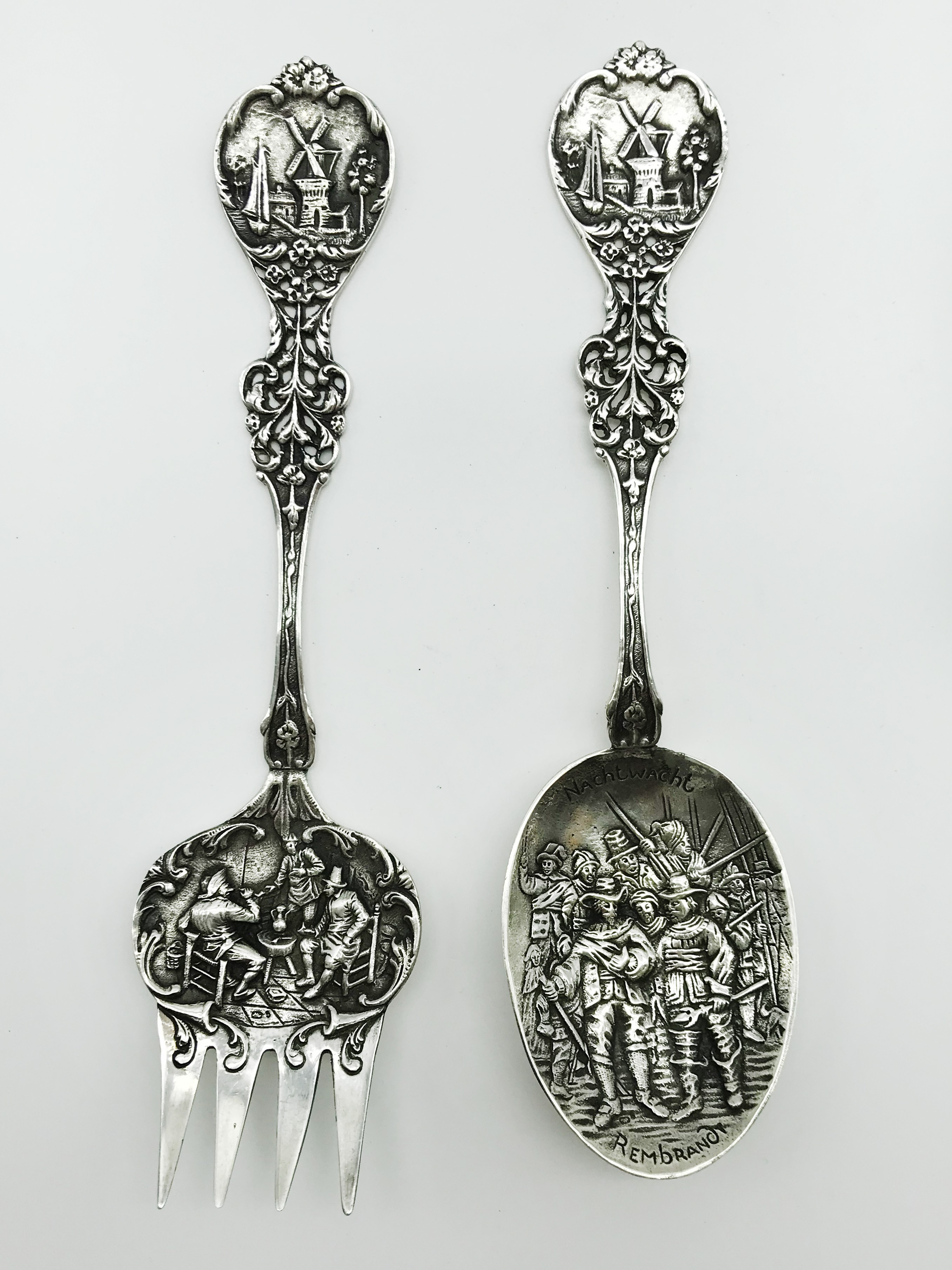 Lot 53 - PAIR OF SILVER DUTCH REMBRANDT SPOON & FORK