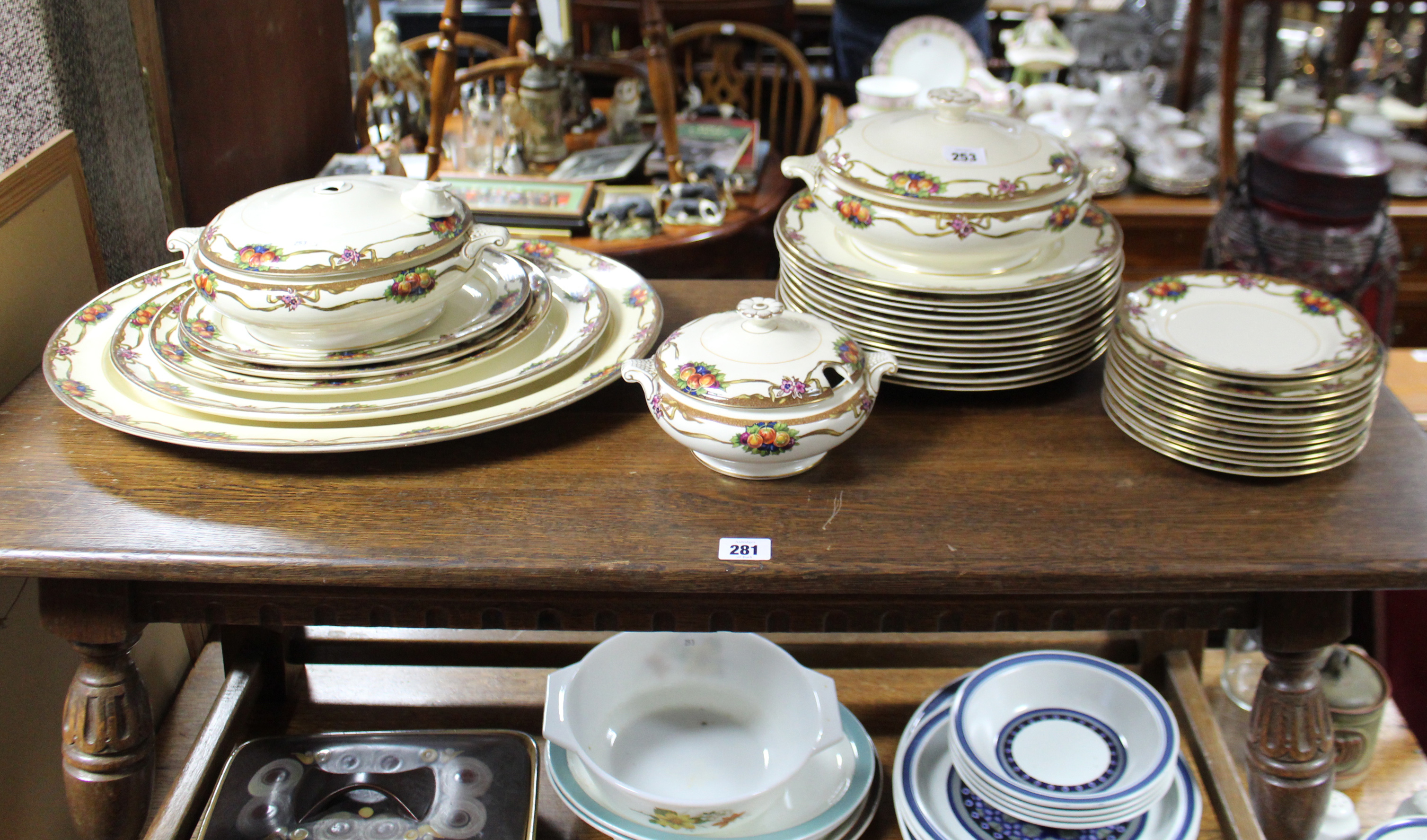 """Lot 253 - A Booth's """"Harvester"""" pattern thirty one piece part dinner service; together with various other"""