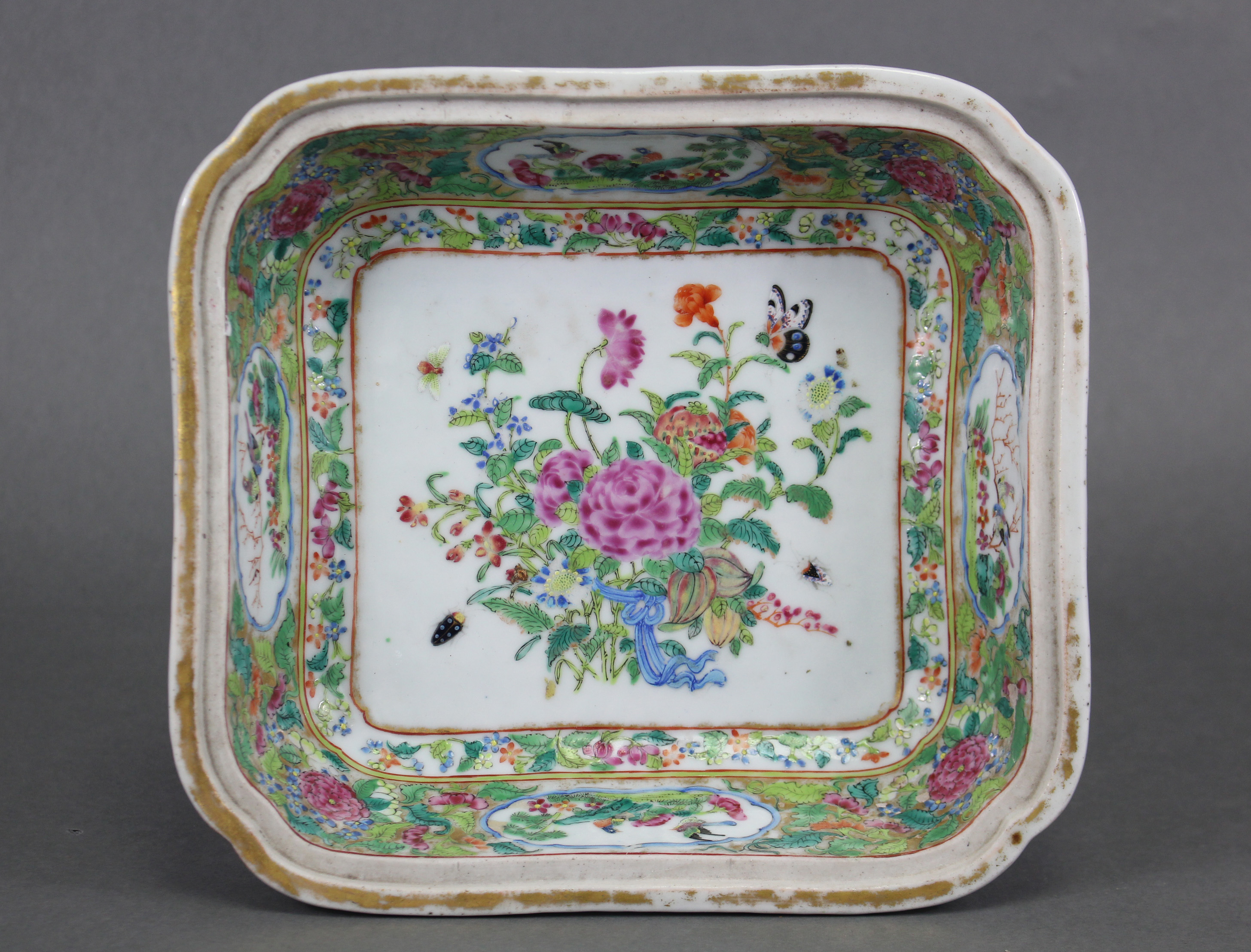 "Lot 222 - A 19th century Cantonese rectangular dish, 9½"" wide; & a Burslem lusterware shallow bowl; 11½"""