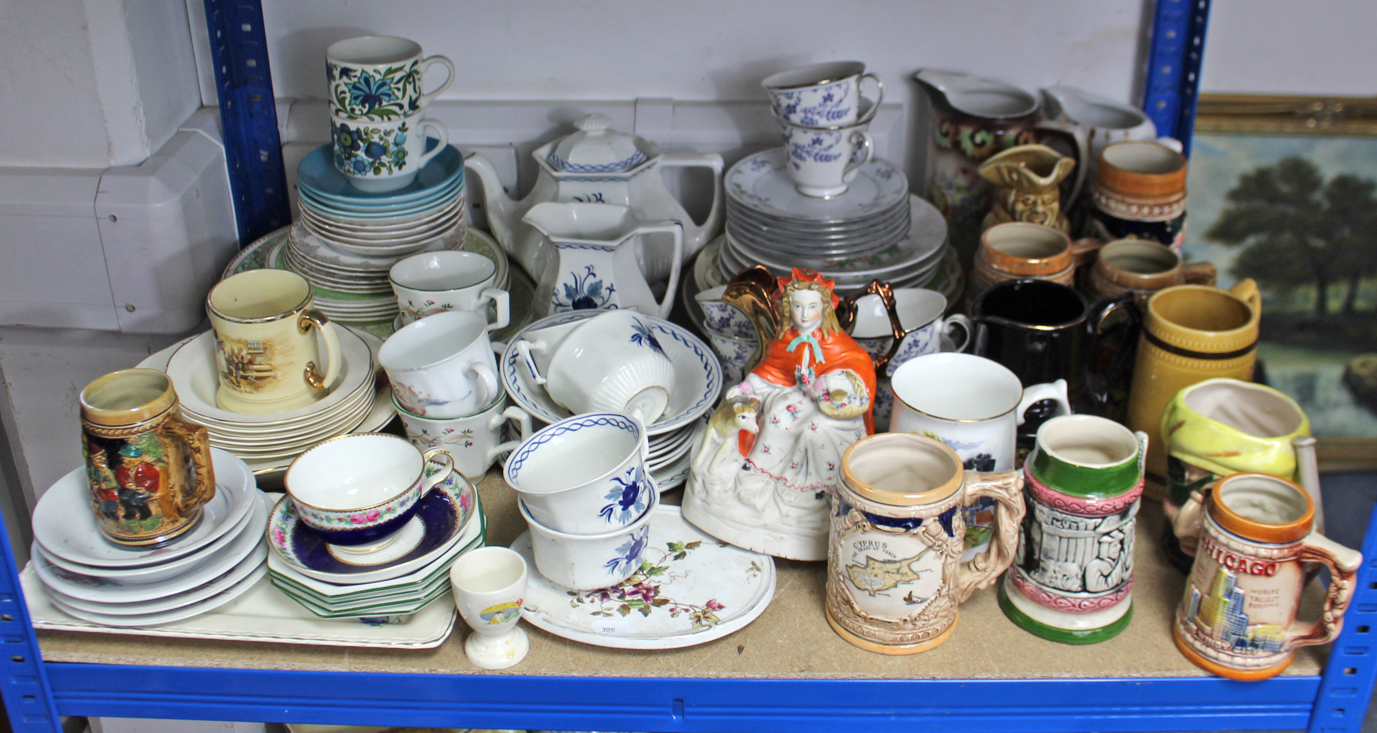 Lot 305 - Various items of decorative china, pottery, etc., part w.a.f.