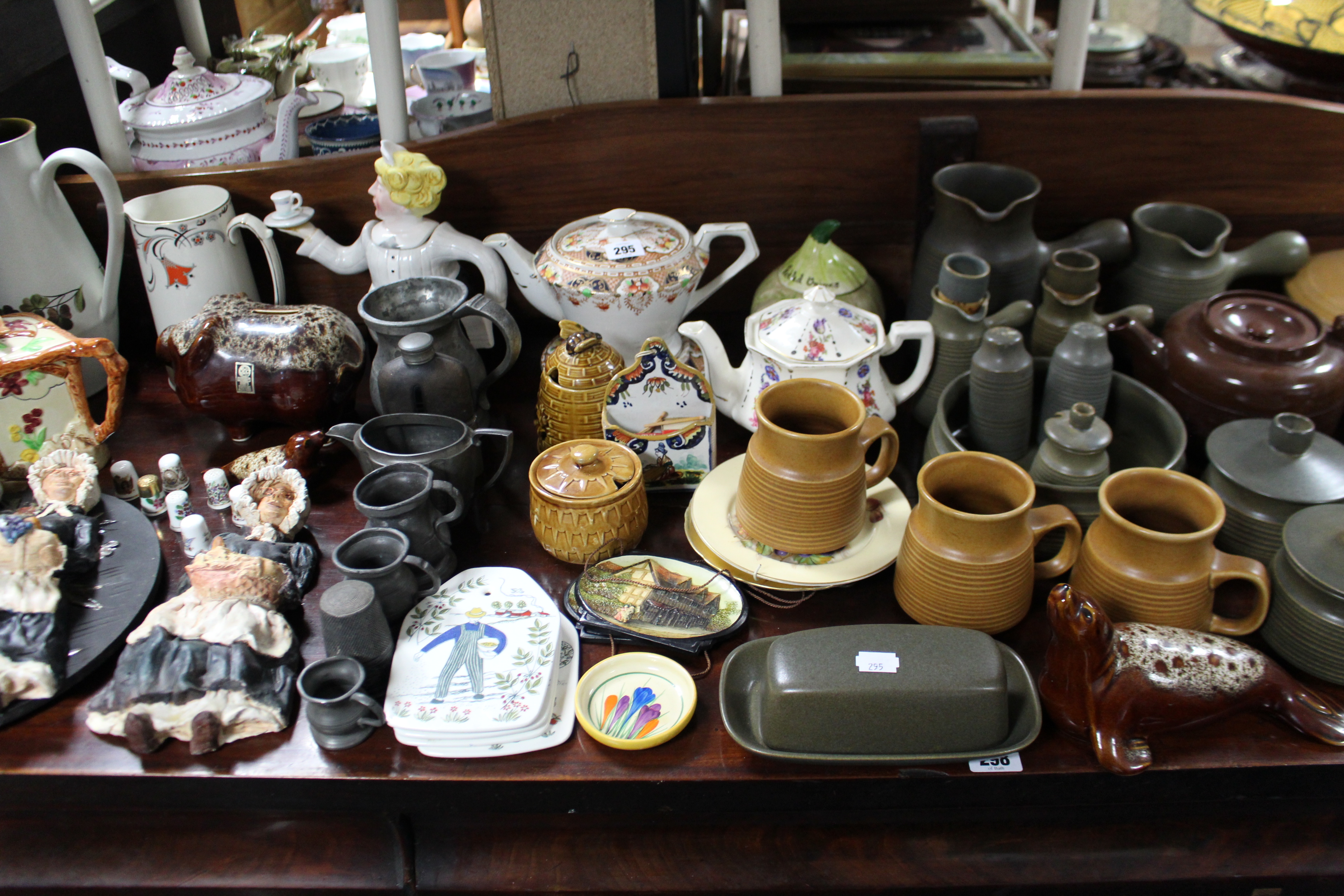 Lot 295 - Various items of Denby pottery; & various decorative ornaments.