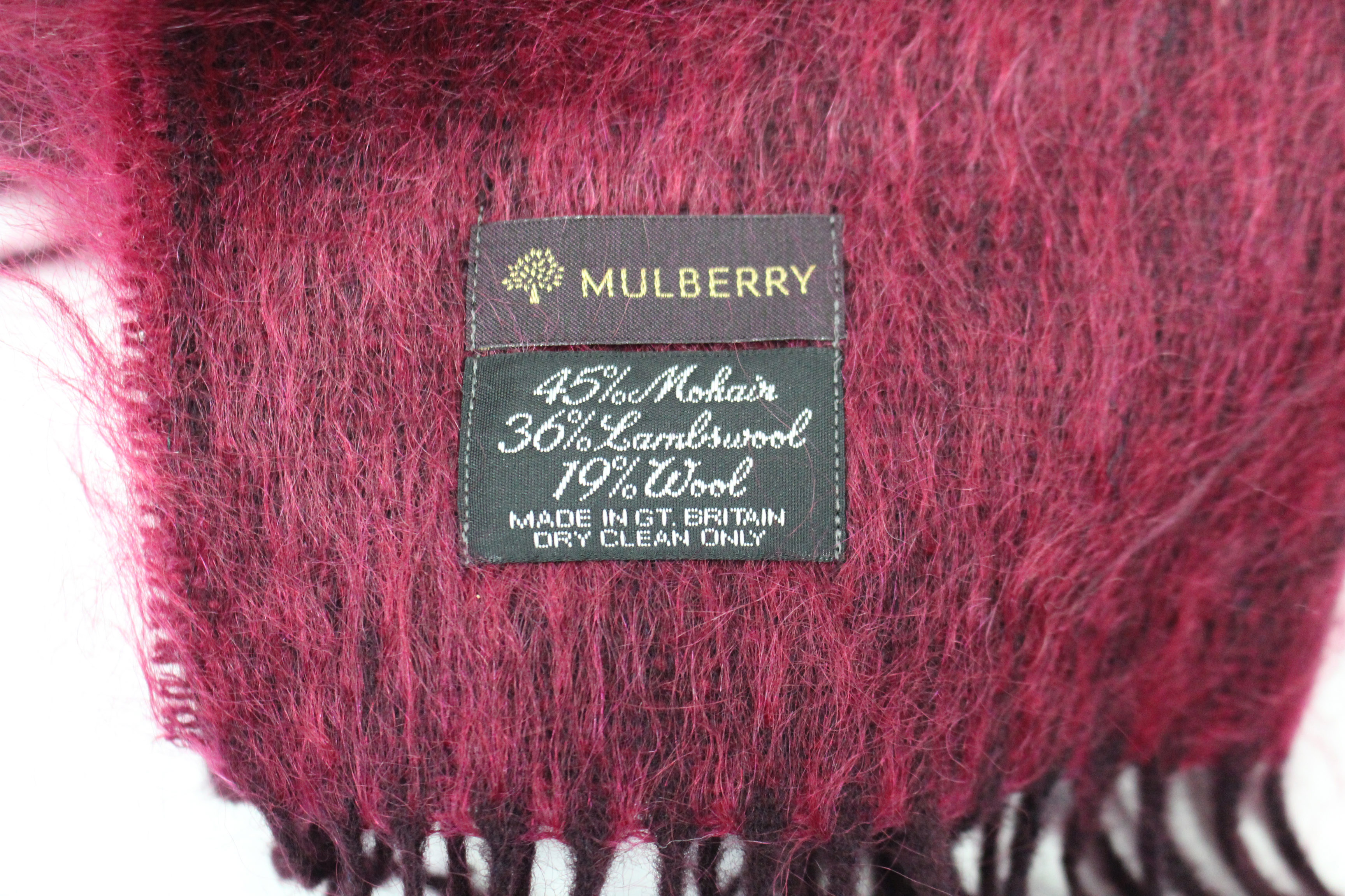 Lot 148 - A Mulberry ladies' scarf, boxed; & various items of household textiles