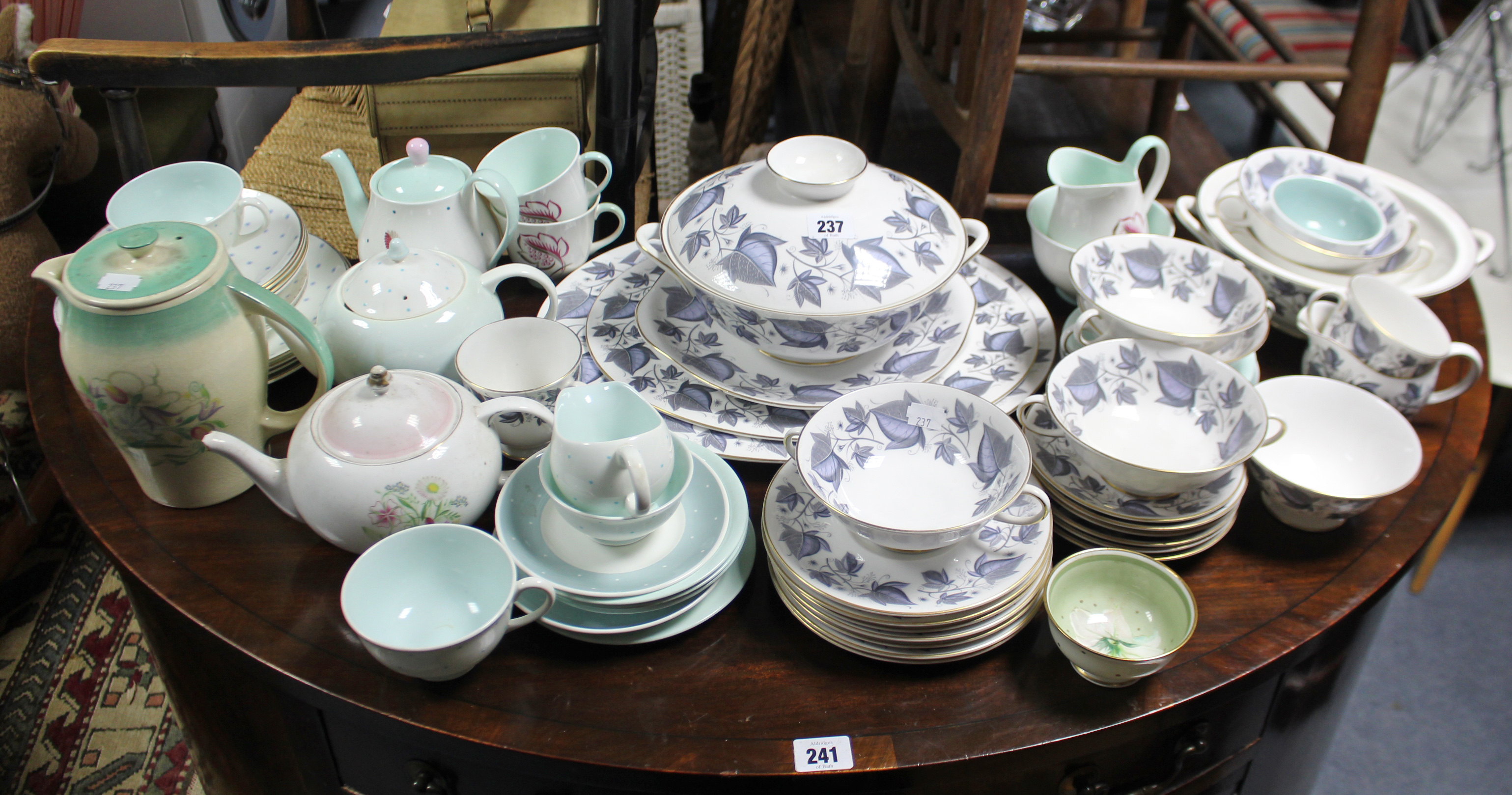 "Lot 237 - A Susie Cooper ""Blue Ivy"" pattern twenty seven piece part dinner & tea service; & various other"