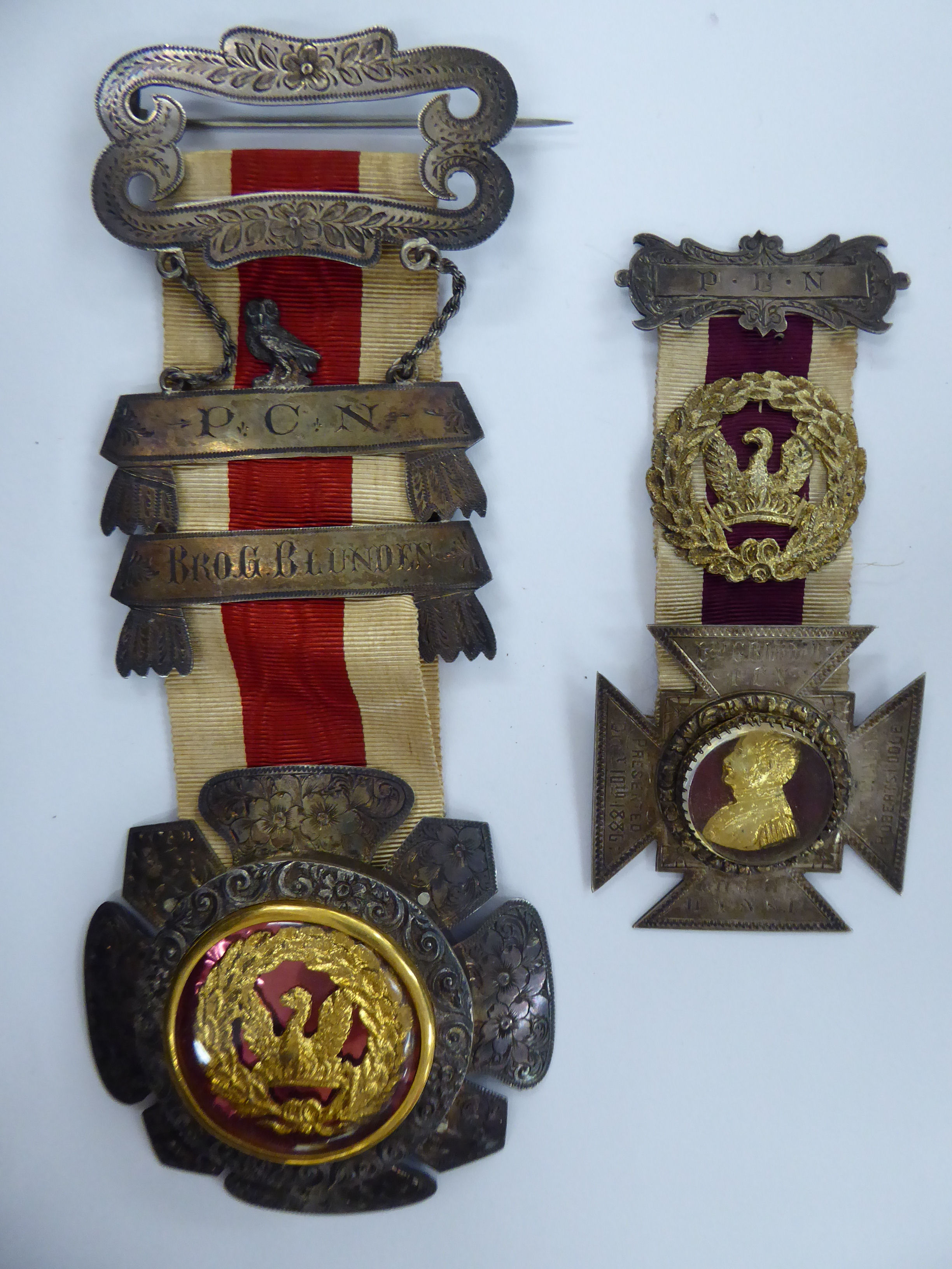 Lot 304 - Two late Victorian Masonic medals dated 1886 and 1889 11