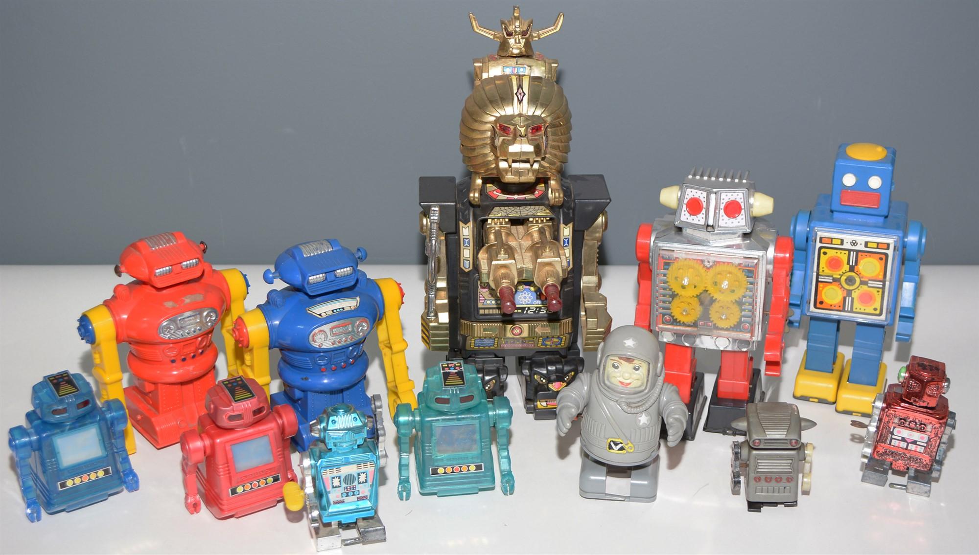 Lot 1052 - Plastic Robots