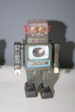 Lot 1033 - Alps TV Robot