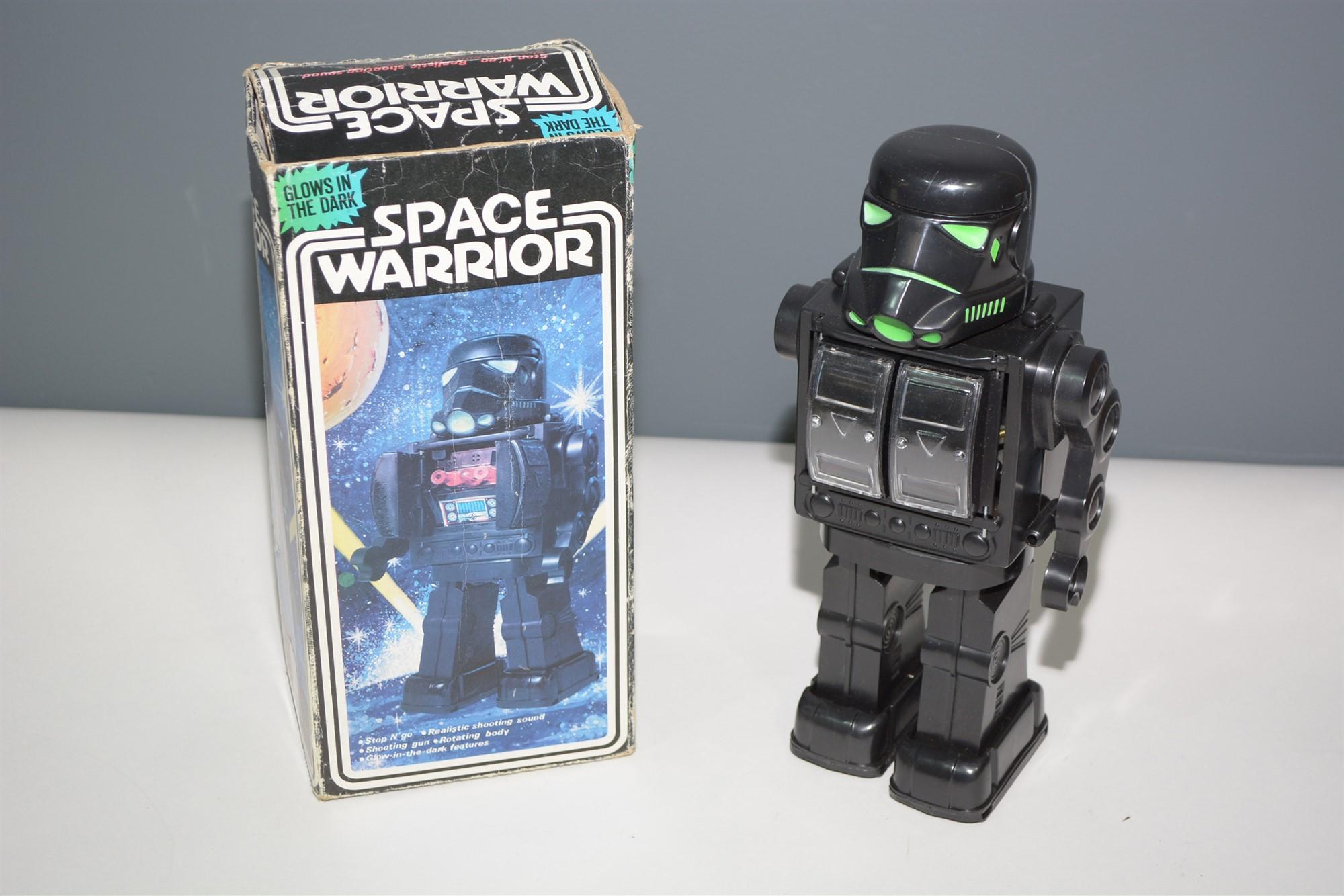 Lot 1021 - Space Warrior Robot