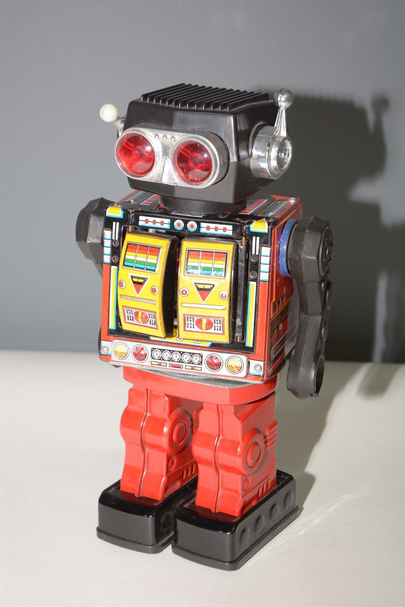 Lot 1030 - SH Horikawa Rotate-O-Matic Robot