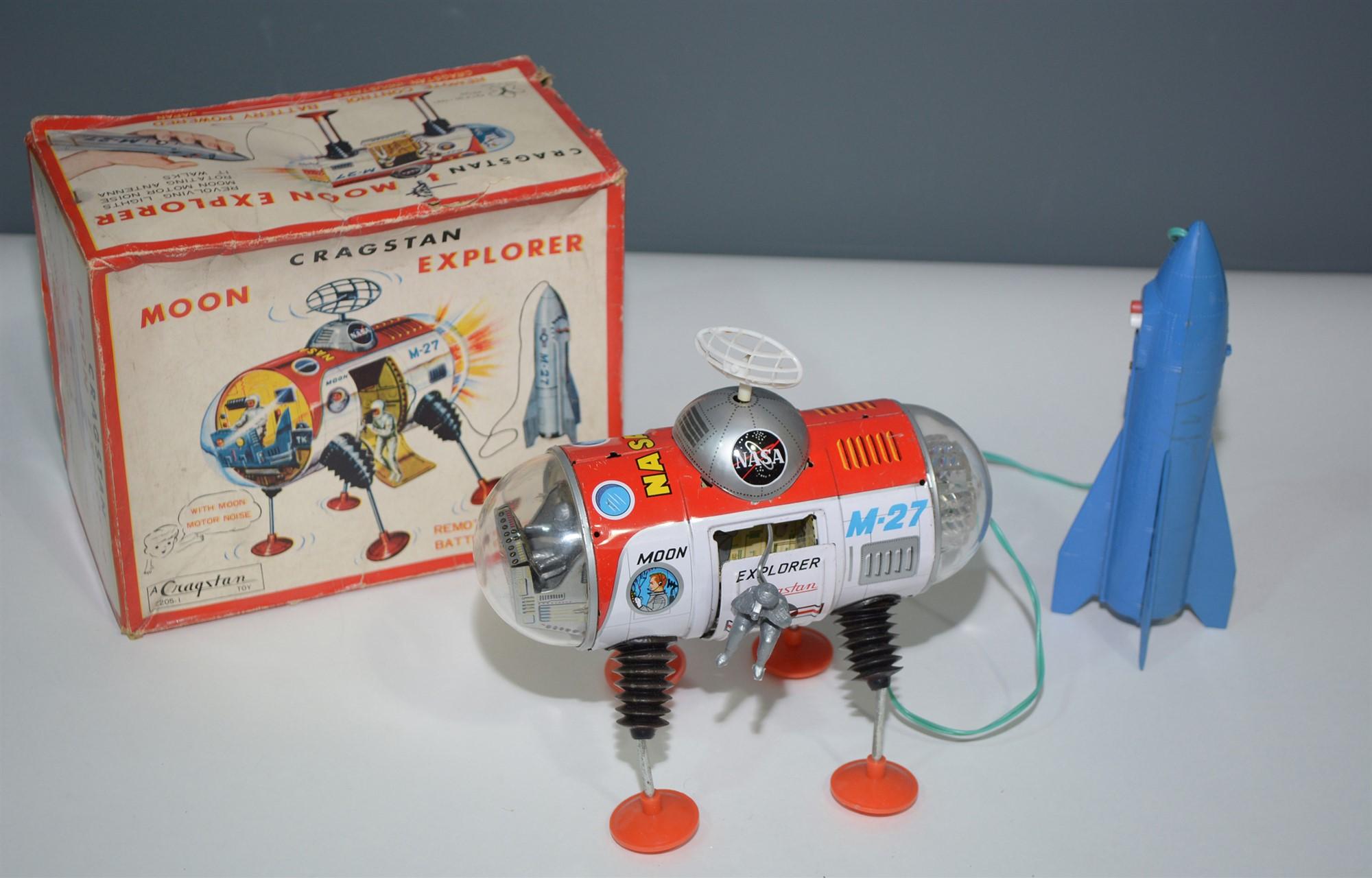 Lot 1002 - Cragston Moon Explorer