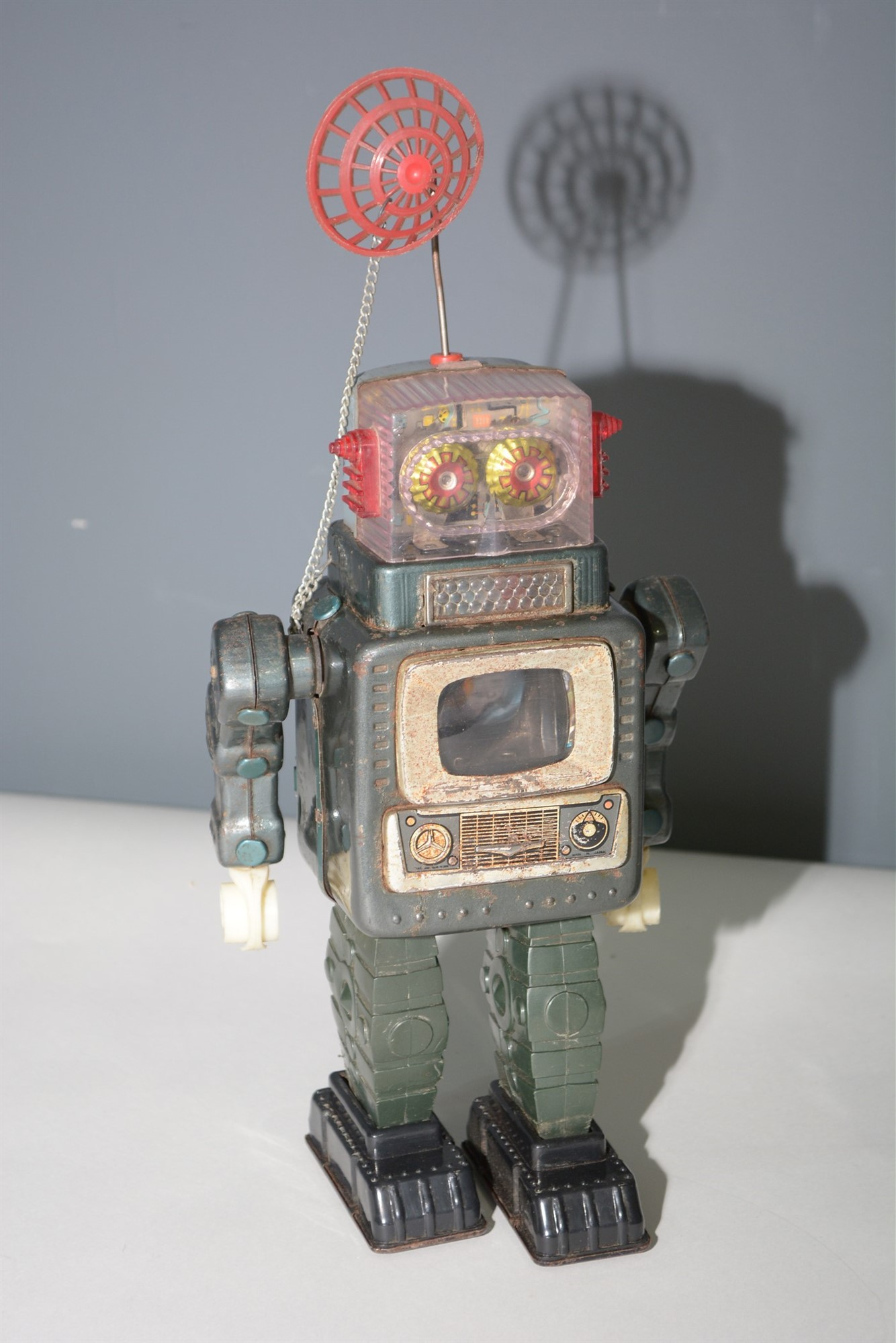 Lot 1031 - Alps TV Robot