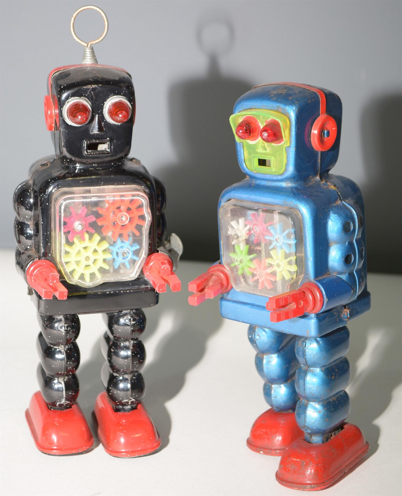 Lot 1045 - KO tin plate Gear Robot,