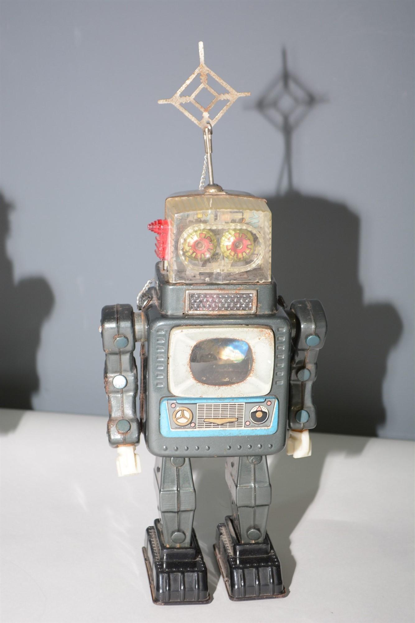 Lot 1032 - Alps TV Robot