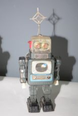 Lot 1032 - Alps TV Robot