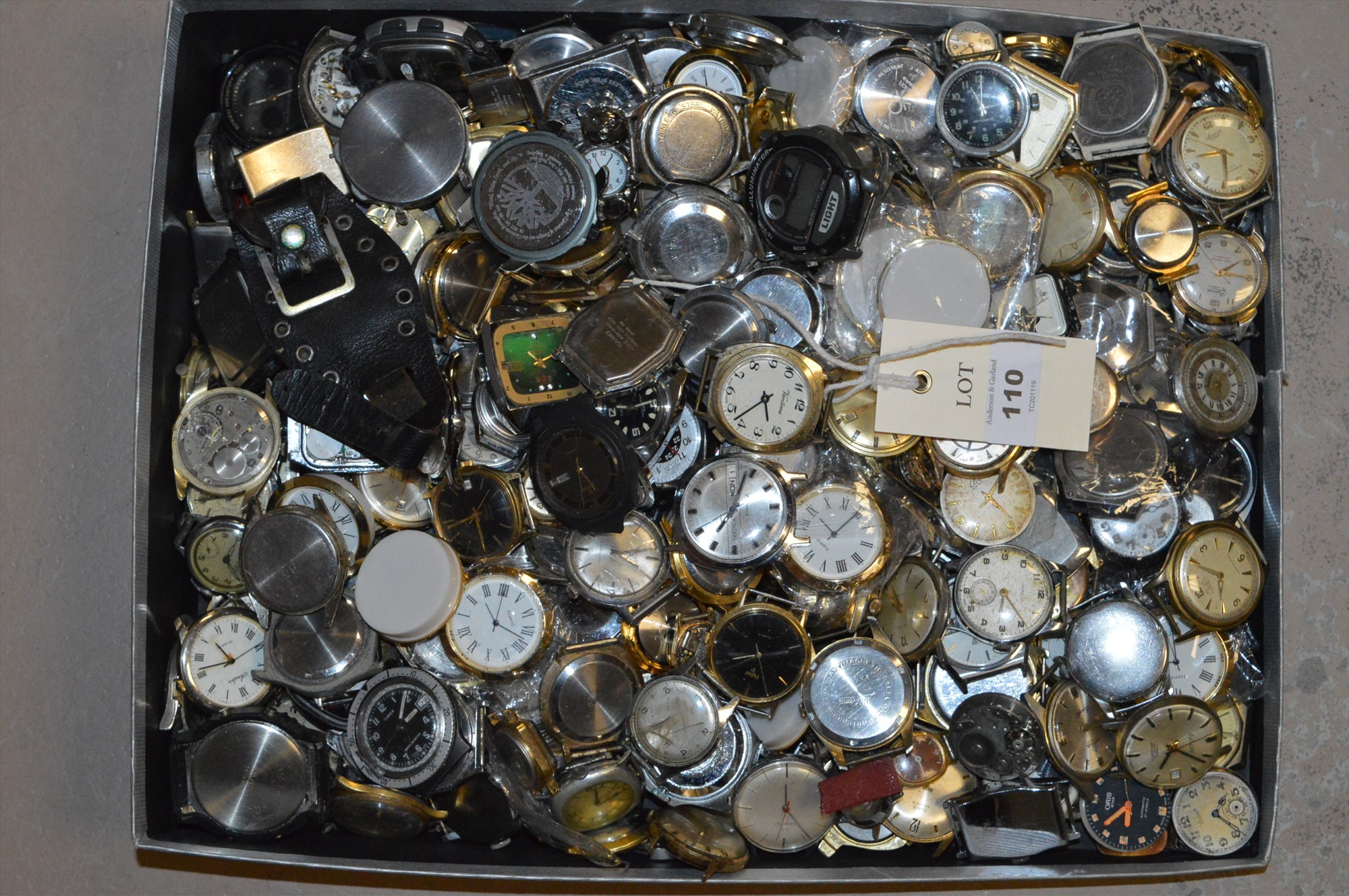 Lot 110 - Assorted watches