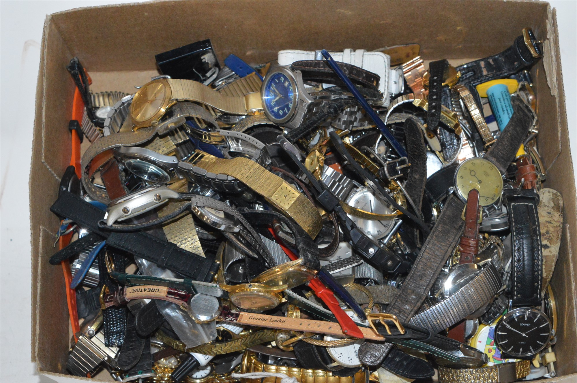 Lot 276 - Assorted watches
