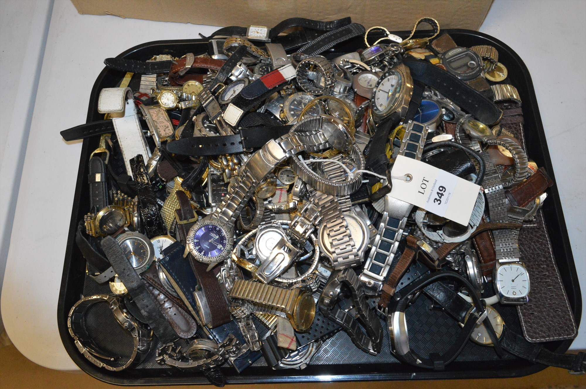 Lot 349 - Assorted watches