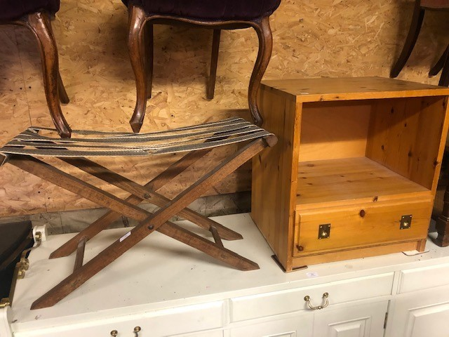 Lot 35 - An old folding luggage rack and a pine cabinet/nightstand (2)