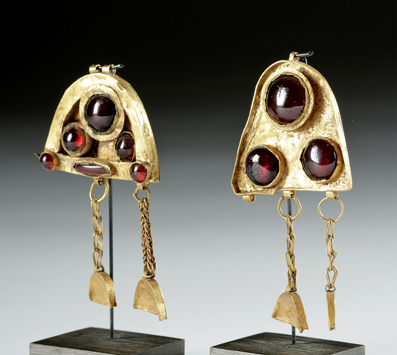 Lot 26b - Amazing Hellenistic Gold & Garnet Earrings - 9.4 g