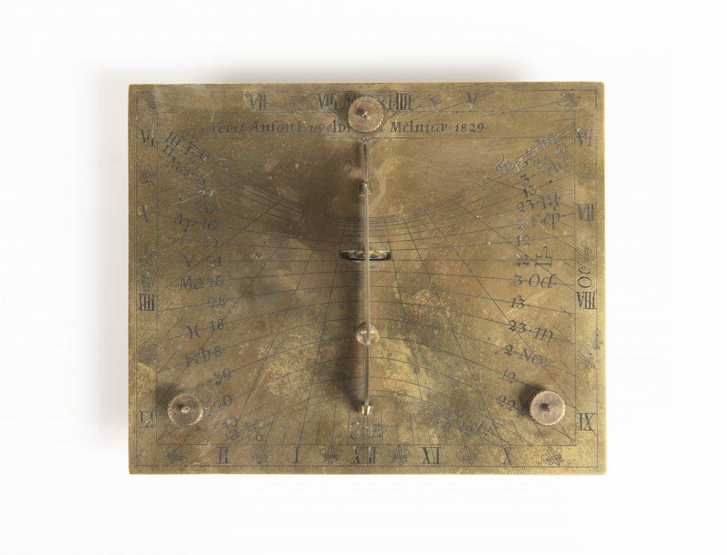 Lot 53 - ANTON ENGELBRECHT 1780 - 1831: A SUNDIAL 1829 Bohemia Mìlník Brass 9 x 13 x 10 cm This engraved