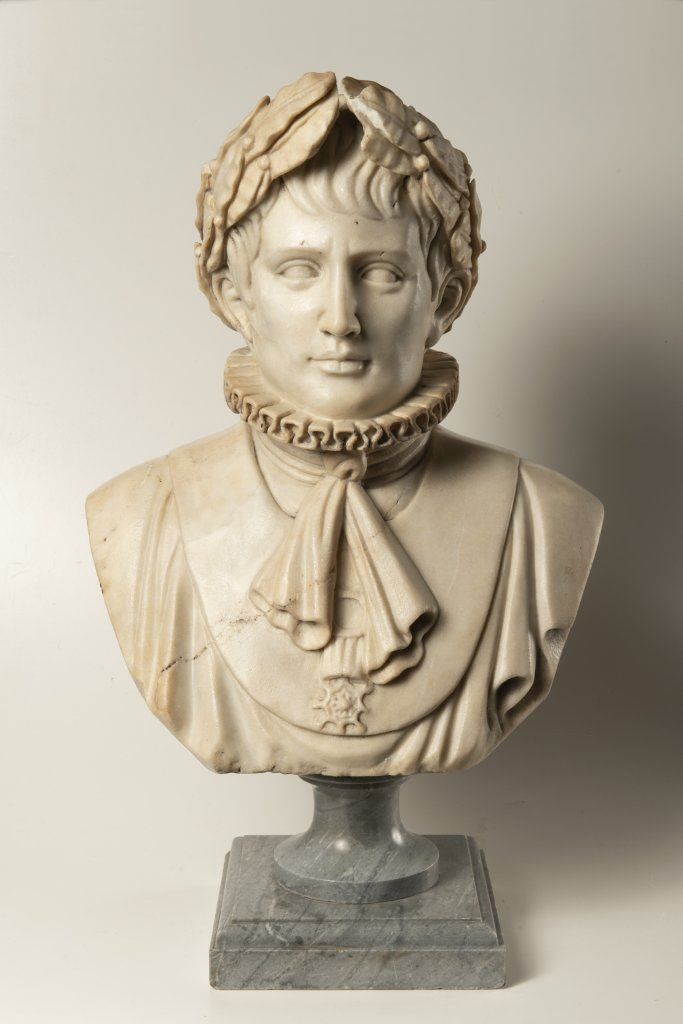 Lot 44 - A BUST OF NAPOLEON BONAPARTE First half of 19th century Northern Italy Marble 53 cm This Italian