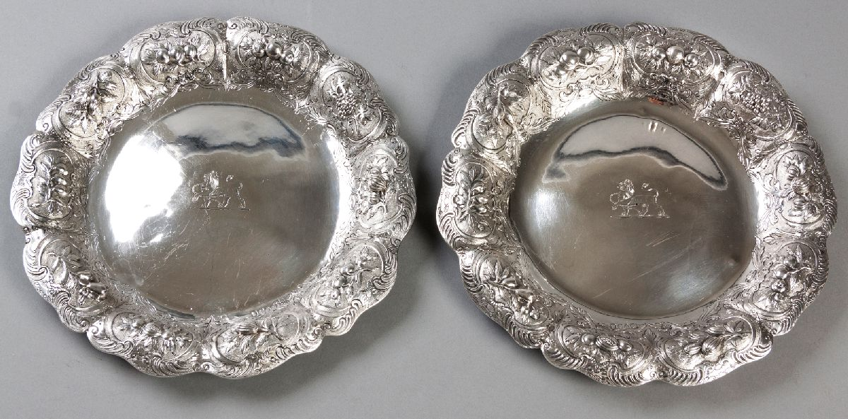 Lot 28 - A PAIR OF GEORGE IV SILVER SALVERS, LONDON 1824, EDWARD FARRELL, with a serpentine border, fold-over