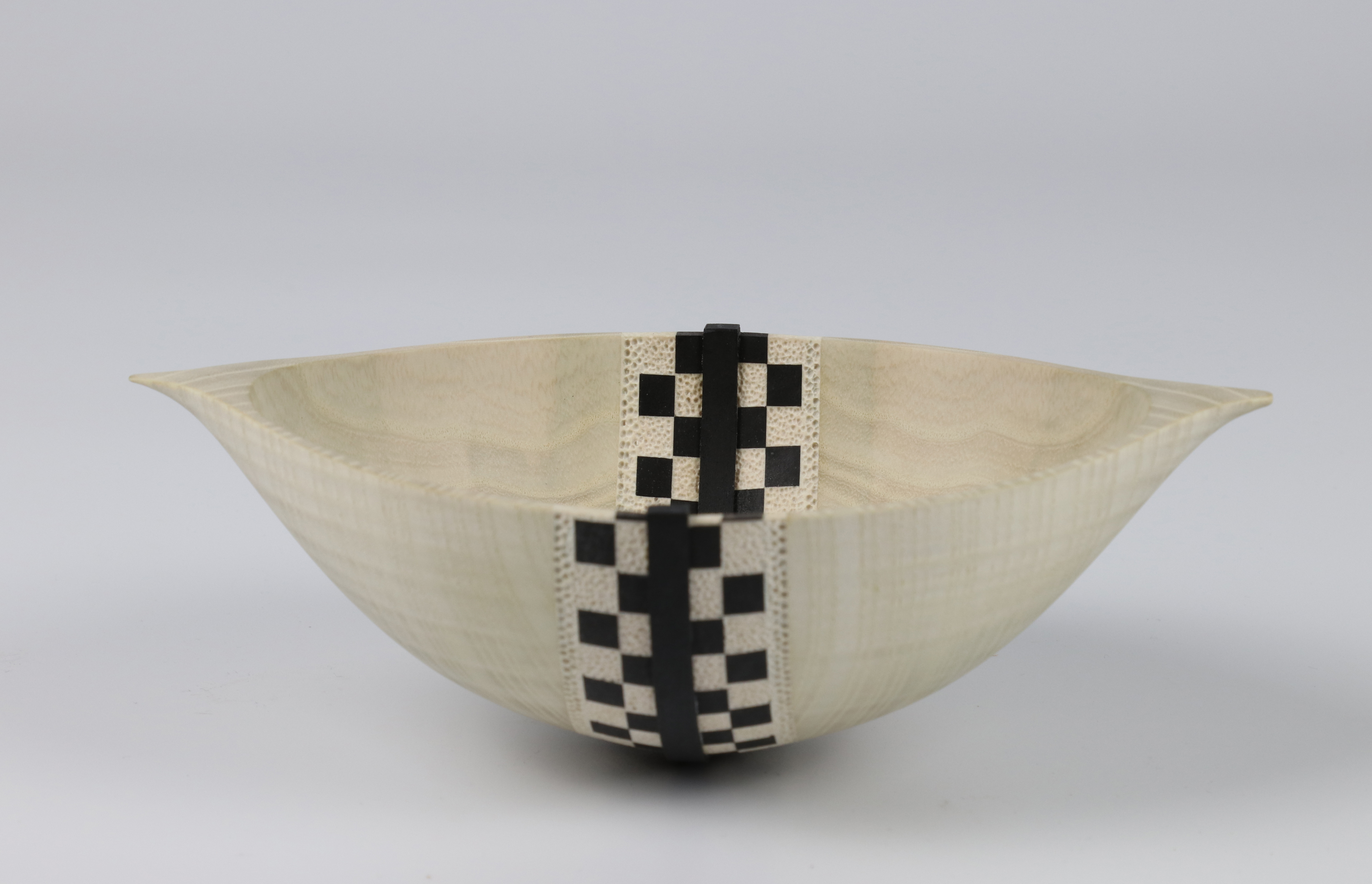 Lot 65 - Marilyn Campbell (Canada) bleached/coloured ash reassembled bowl 6x19cm. Signed