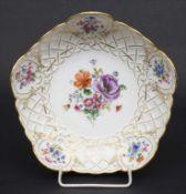 Obstschale mit Blumen und Insekten / A fruit bowl with flowers and insects, Meissen, um