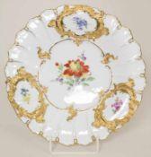 Prunkteller mit Blumenmalerei / A splendid plate with flowers, Meissen, 1924-34Material: