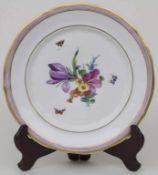Teller mit Blumen und Schmetterlingen / A plate with flowers and butterflies, Schumann, Moabit,