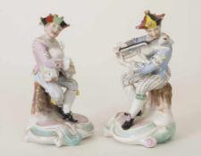 2 Musikanten mit Tierinstrumenten / 2 musicians playing on animals, Plaue, um 1890Material: