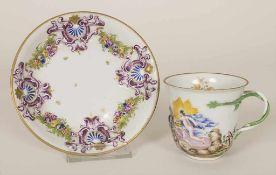 Frühe Tasse und UT mit Reliefdekor / An early cup and saucer with relief decor, Herend, Mitte 19.