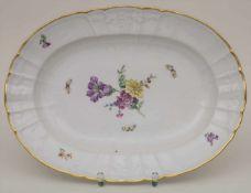 Große Schale mit Blumen und Schmetterlingen / A large bowl with flowers and butterflies, KPM,
