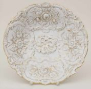 Prunkteller mit Blumenrelief / A splendid plate with flowers, Meissen, 1953Material: