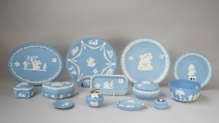 A group of Wedgwood blue jasper, 20th century, comprising; a bicentenary commemorative plate, 17cm.