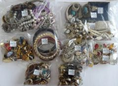 A large collection of mostly costume jewellery,