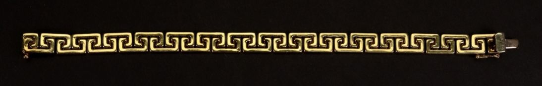 A 9ct yellow gold stylised Greek key-link bracelet, with a box and tongue clasp, length 18.5cm, 11g.