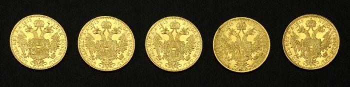 Five Austrian 1915 gold 1 ducat, re-struck, 17.4g.