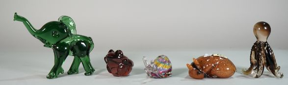 A large quantity of mostly 20th century glass paperweights formed as various animals, (26).