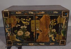 An early 20th century chinoiserie decorated table top cupboard, 48cm wide x 29cm high.