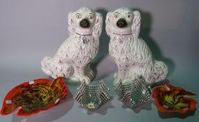 Ceramics, comprising; a pair of 20th century glass folded handkerchief bowls,
