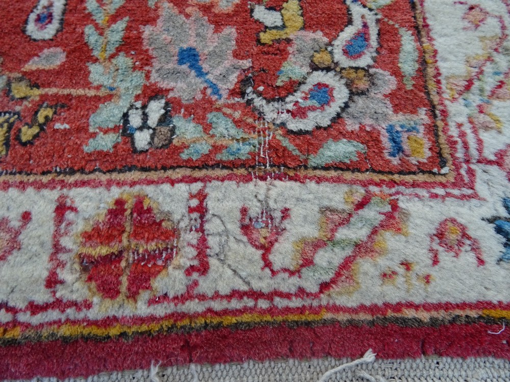 Lot 1538 - A Mahal rug, the chequered feel with a medallion to the centre,