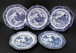 A collection of five Chinese blue and white Export porcelain plates, Qianlong,