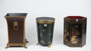 A Regency style tole peinte waste bin of pierced circular form with gilt oak leaf decoration,